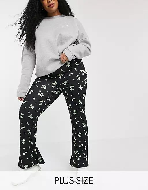 wide leg flare trouser in ditsy floral print