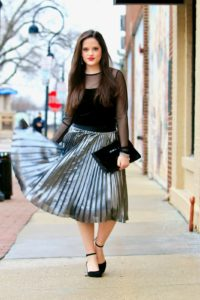 How to Wear a Pleated Skirt image