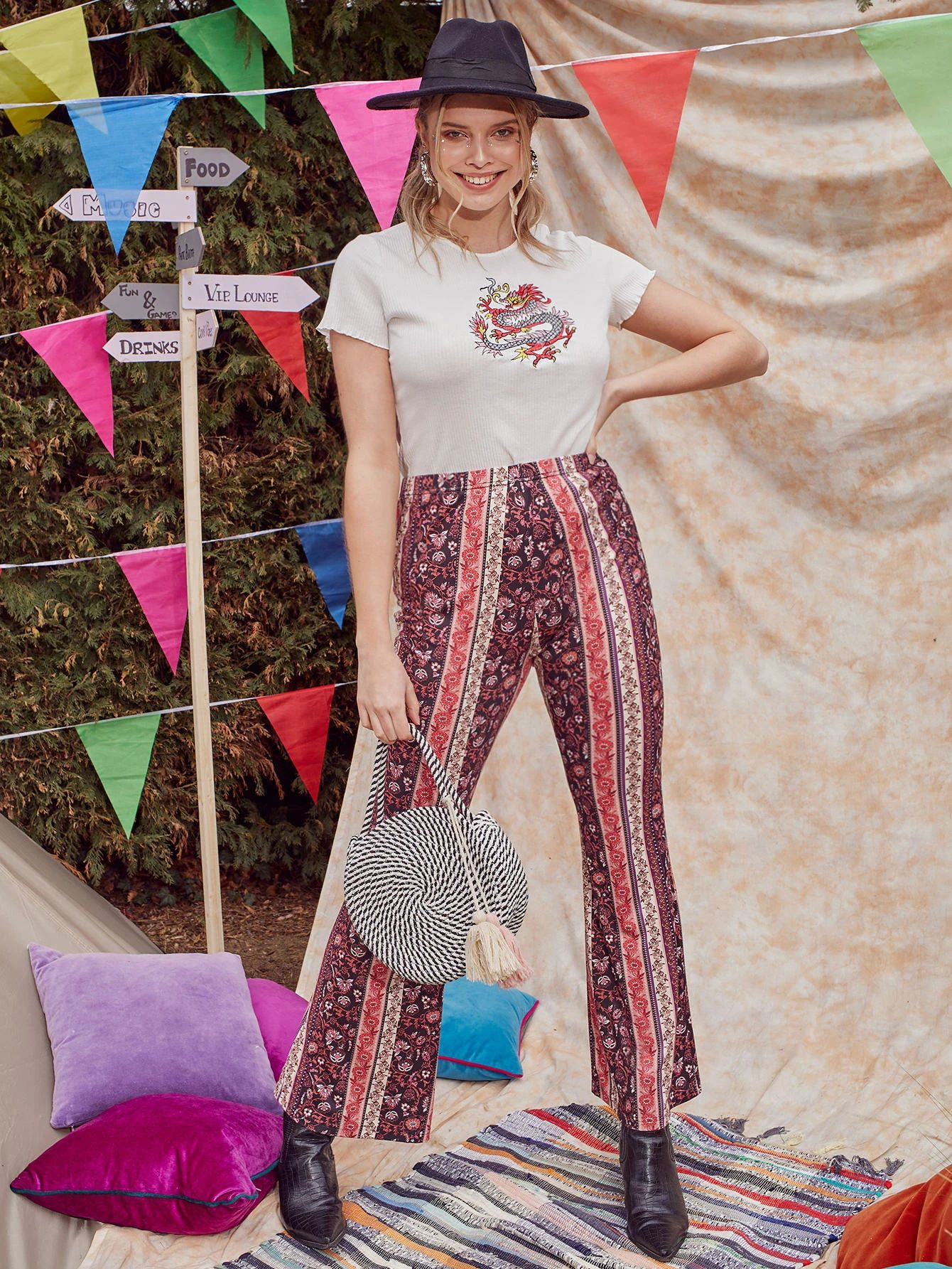 SHEIN Plus Floral Print Flare Leg Trousers