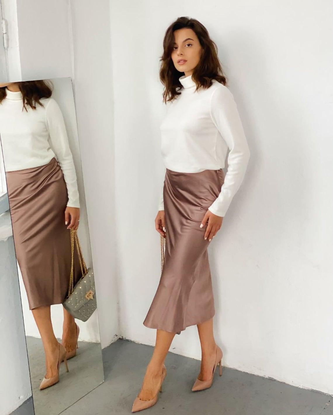 Silk slip skirt French beige elegant skirt Silk slip skirt High waisted skirt midi skirt lightweight skirt vintage skirt