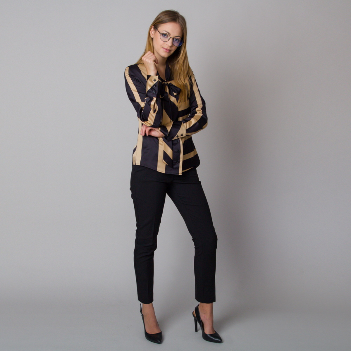 WOMEN'S SHIRT WITH A LONG RIBBON AND WITH BLACK AND GOLD STRIPES 12174