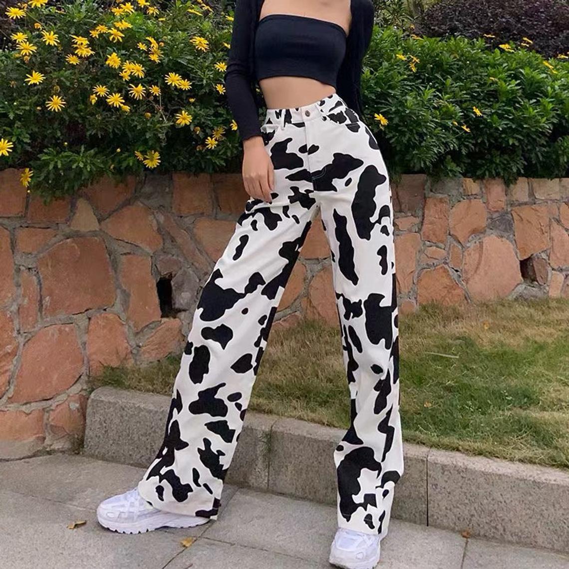 Y2k vintage cow pattern jeans (gaga)
