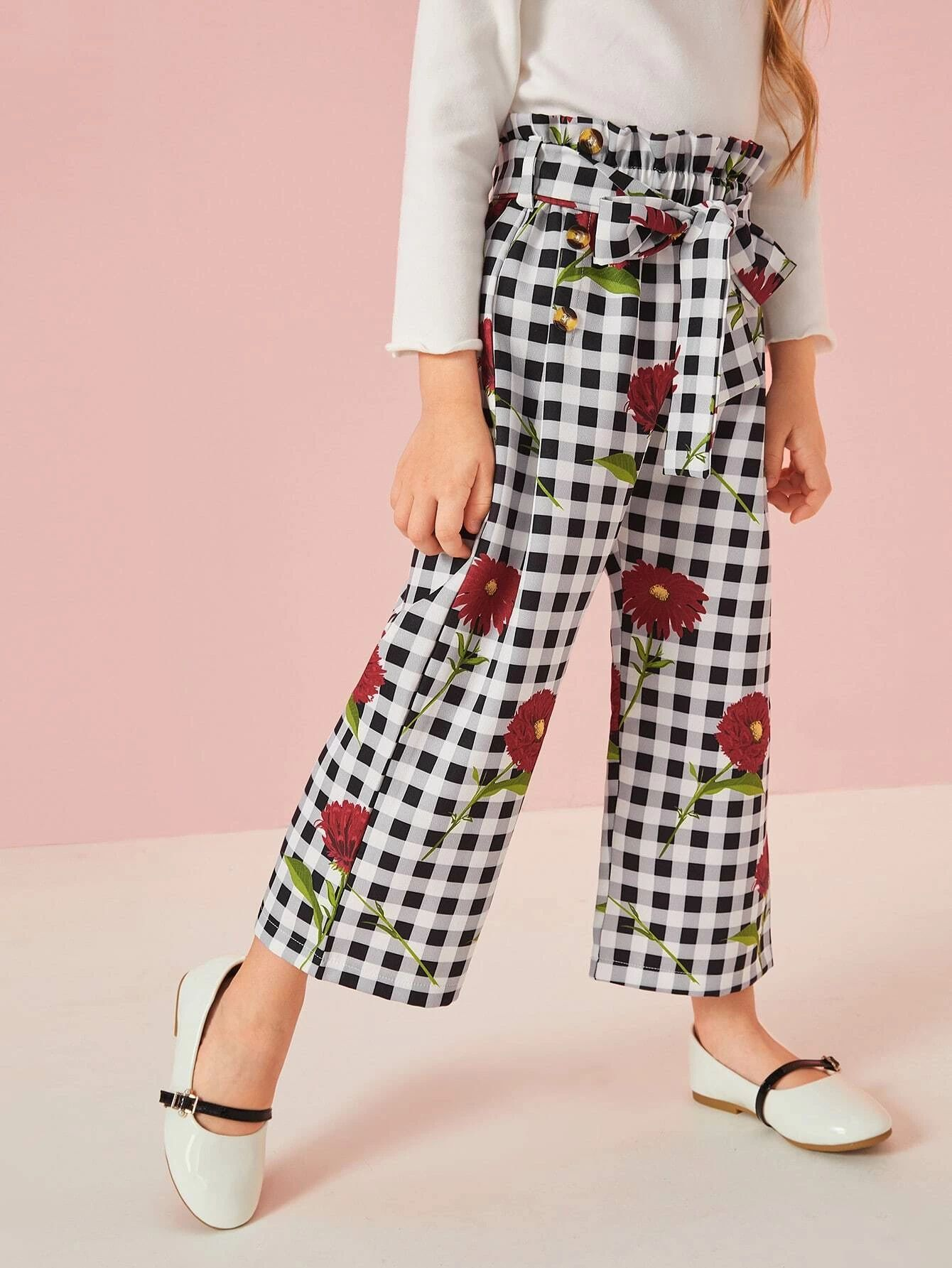 Gingham Pants with floral pattern
