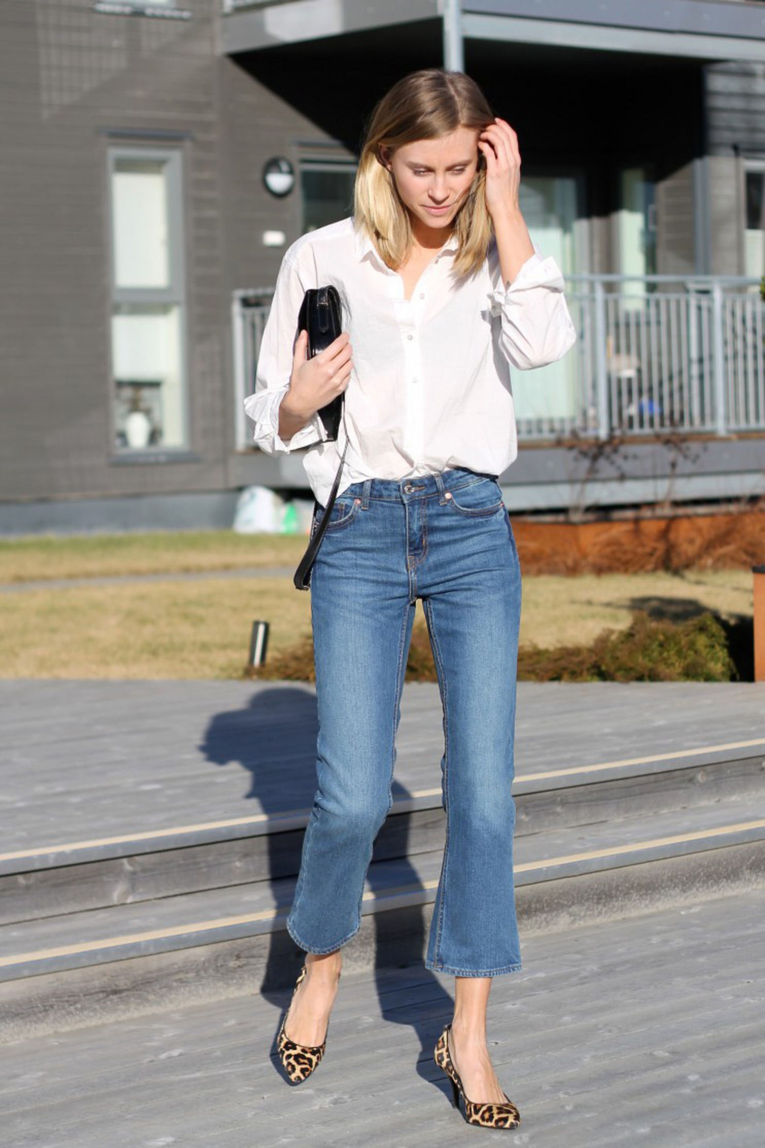 Kick Flare Jeans with Button-Down Shirt