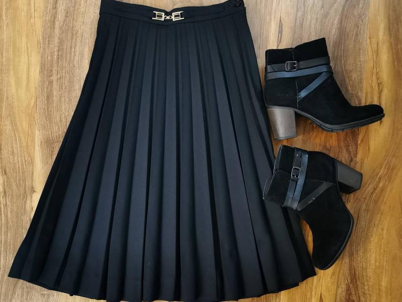 black pleated skirt knee length classic skirt