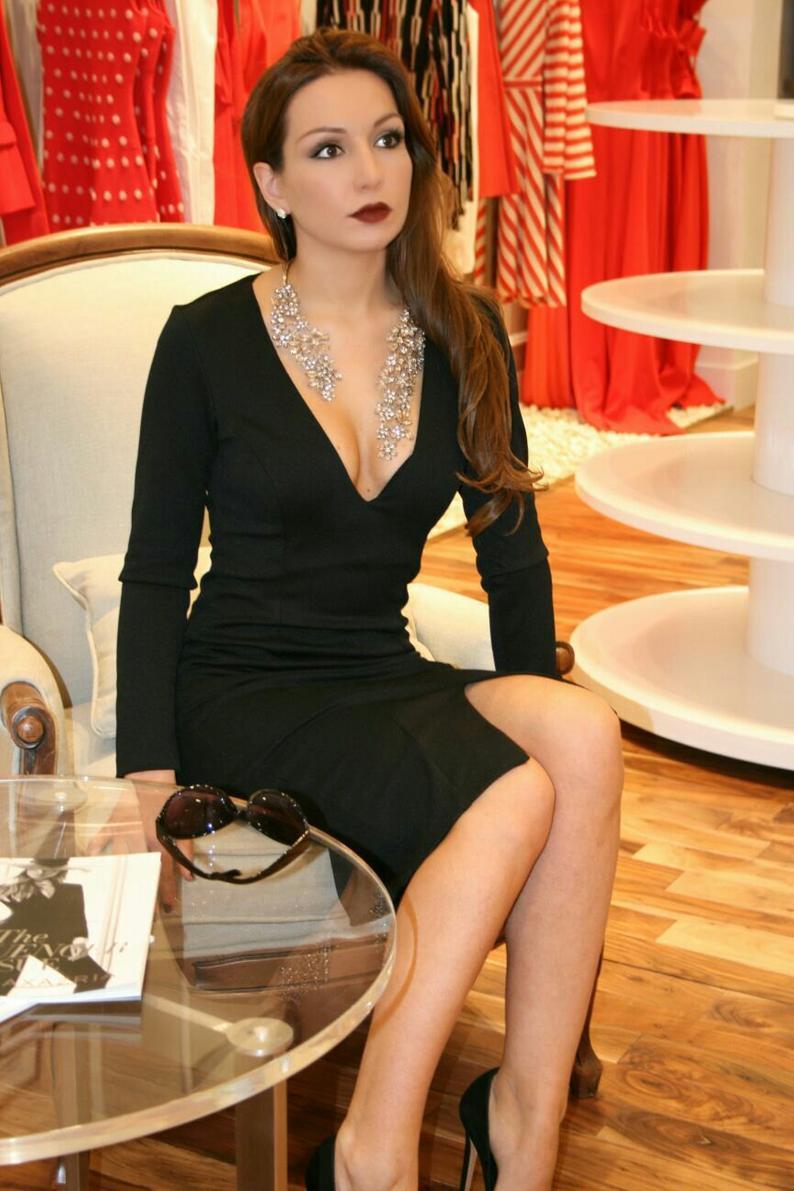Black Plunging Dress, Black Midi Dress, Black Long Sleeve Dress, Sexy V-Neck Dress, Short Bodycon Dress, Custom Dress, Elegant Party Dress