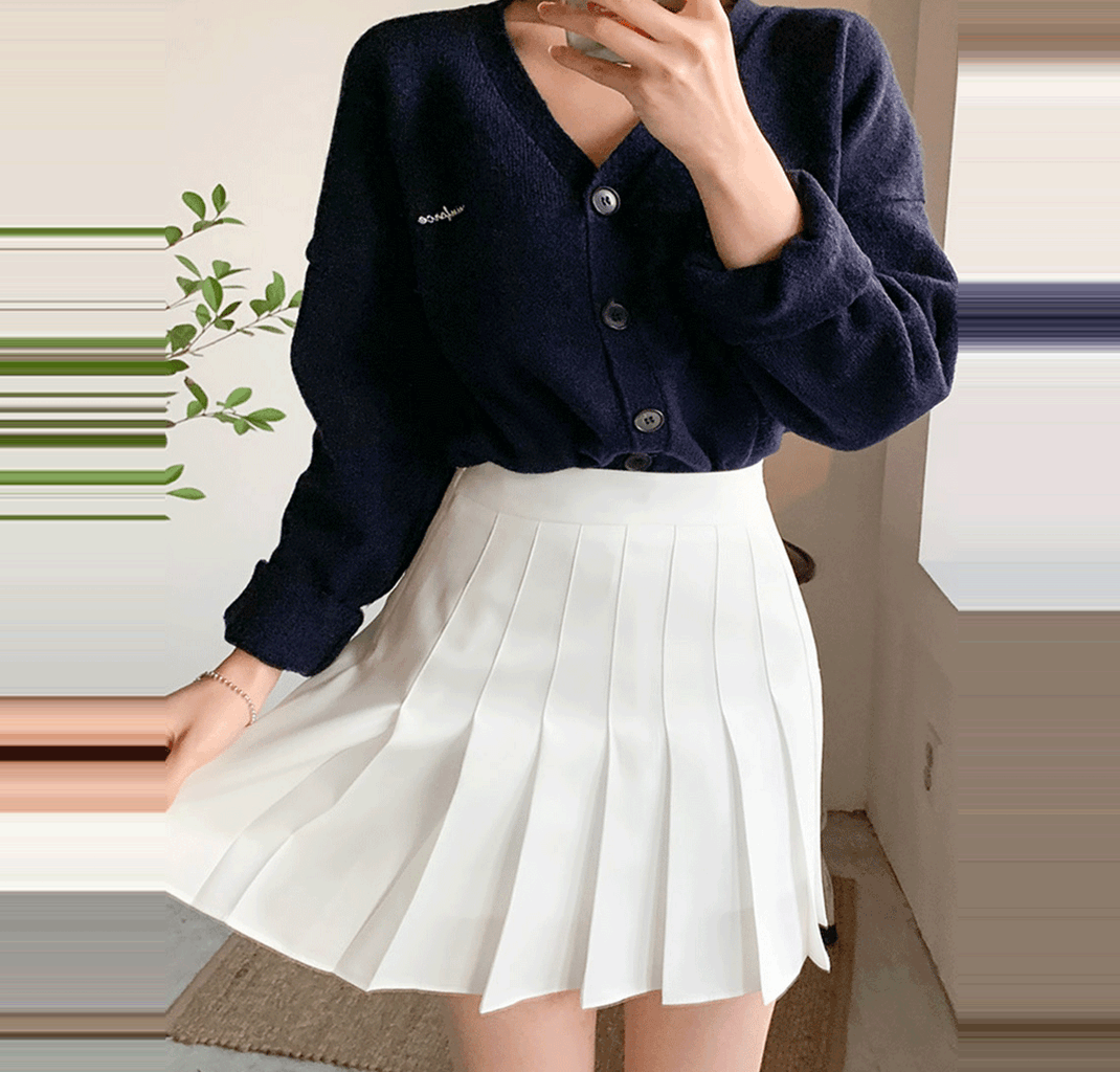 How To Find The Perfect White Pleated Skirt Matching Shoes