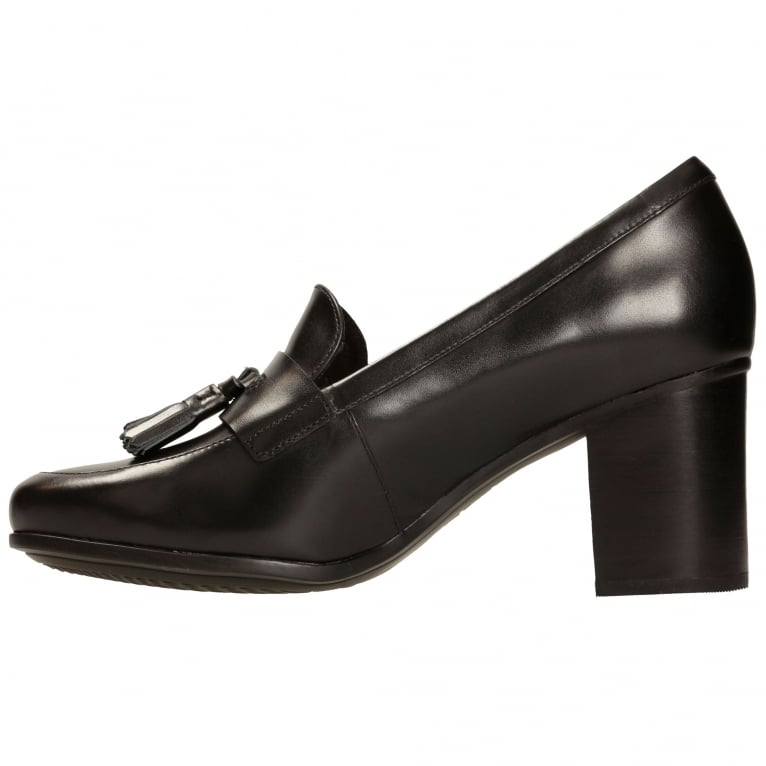Kensett Womens Block Heel Loafers