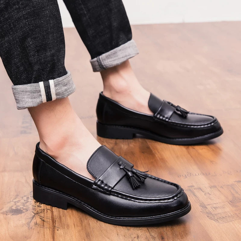Outdoor Fashion Men Leather loafers Shoes