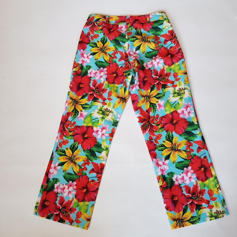 Tropicical flower print vintage summer trousers in a UK size 8