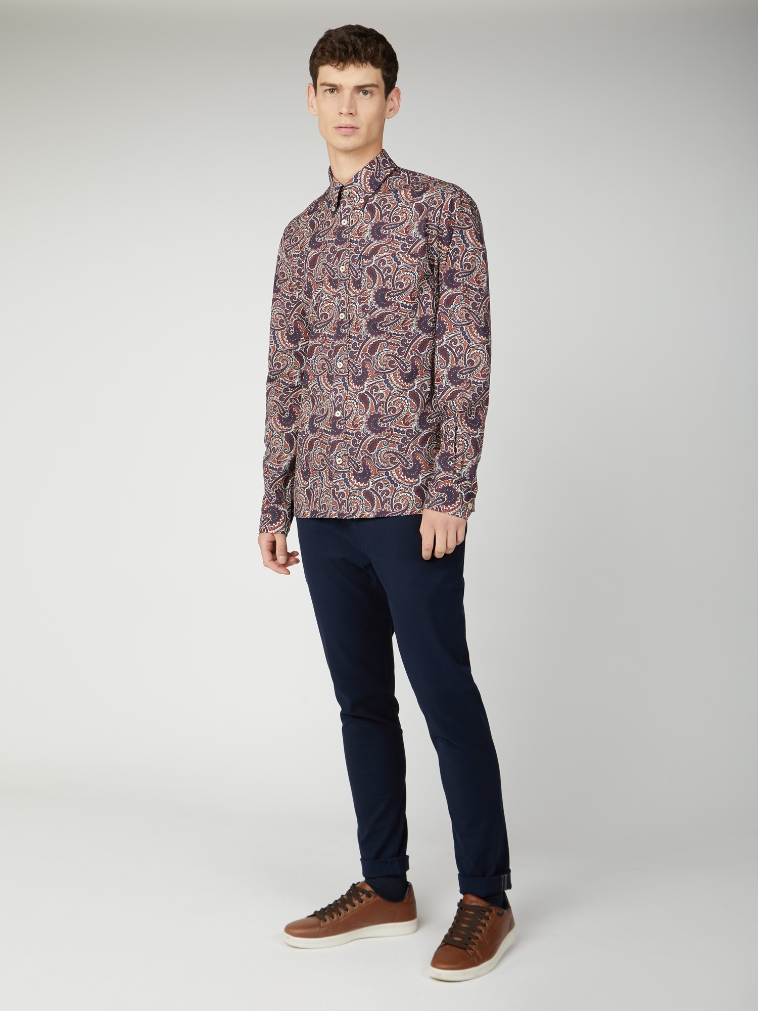 Trouser with Large Paisley Print Shirt