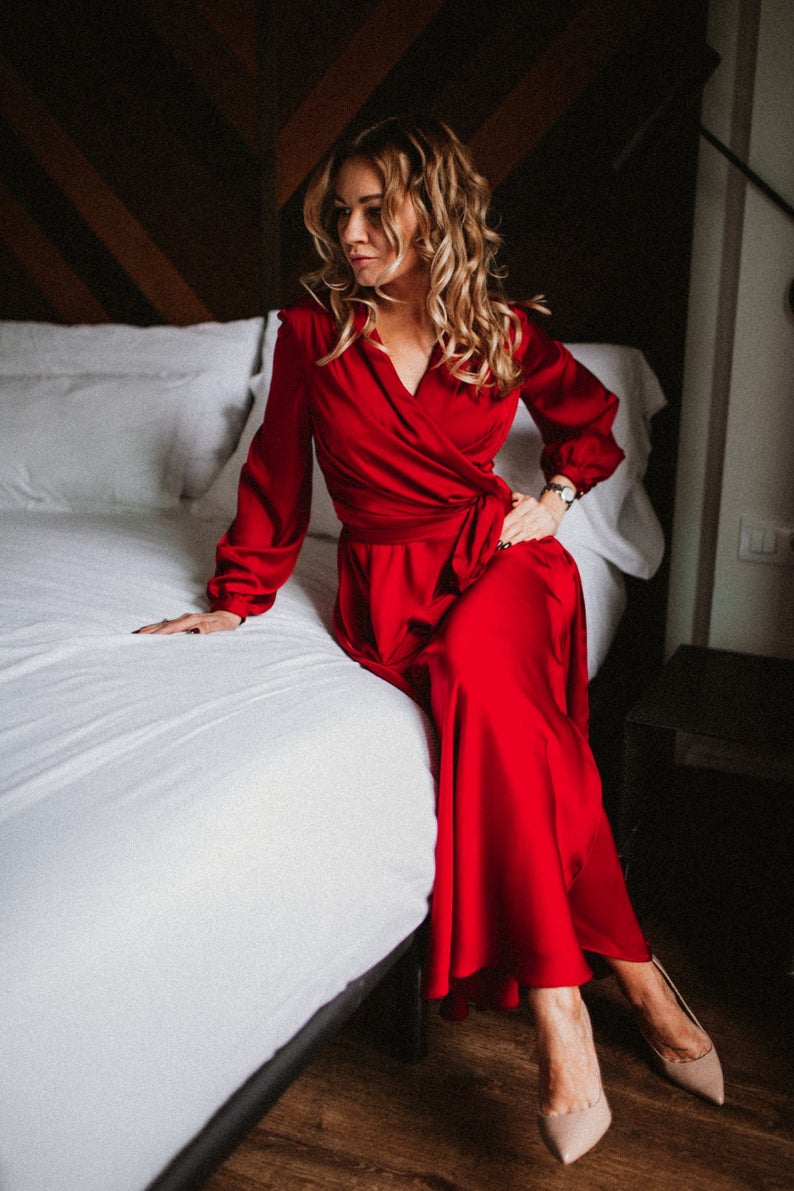 Valentines day dress, red dress, 1920 costume, satin wrap dress, 90s dress, 70s wrap dress, luxury dress, 50s dress, bridesmaid dress