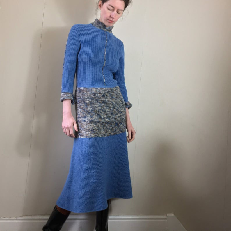 Vintage 70s fit and flare knitted midi dress