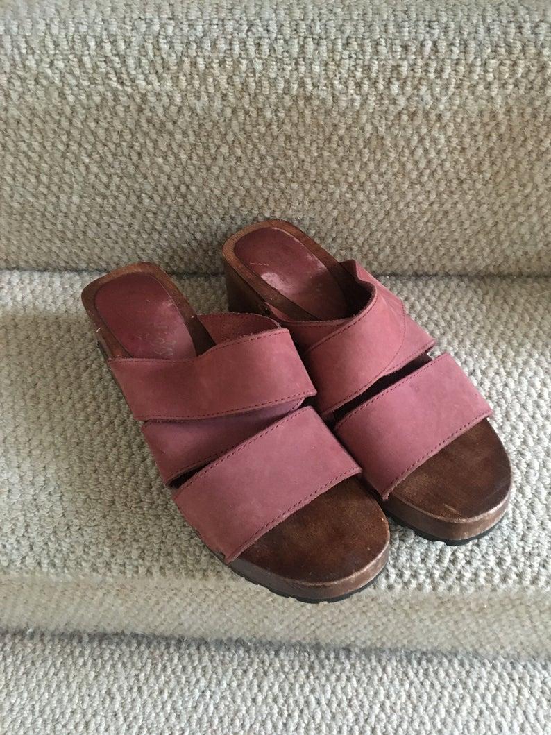 Vintage 90s wooden heel platform sandals