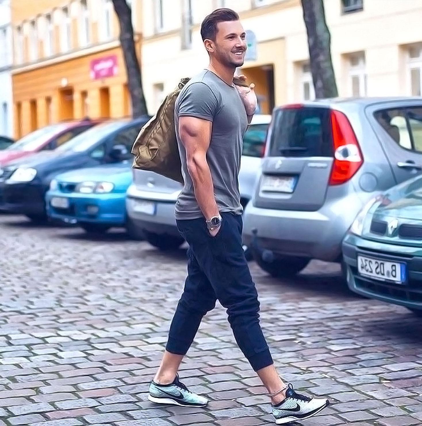 skinny sweatpants mens