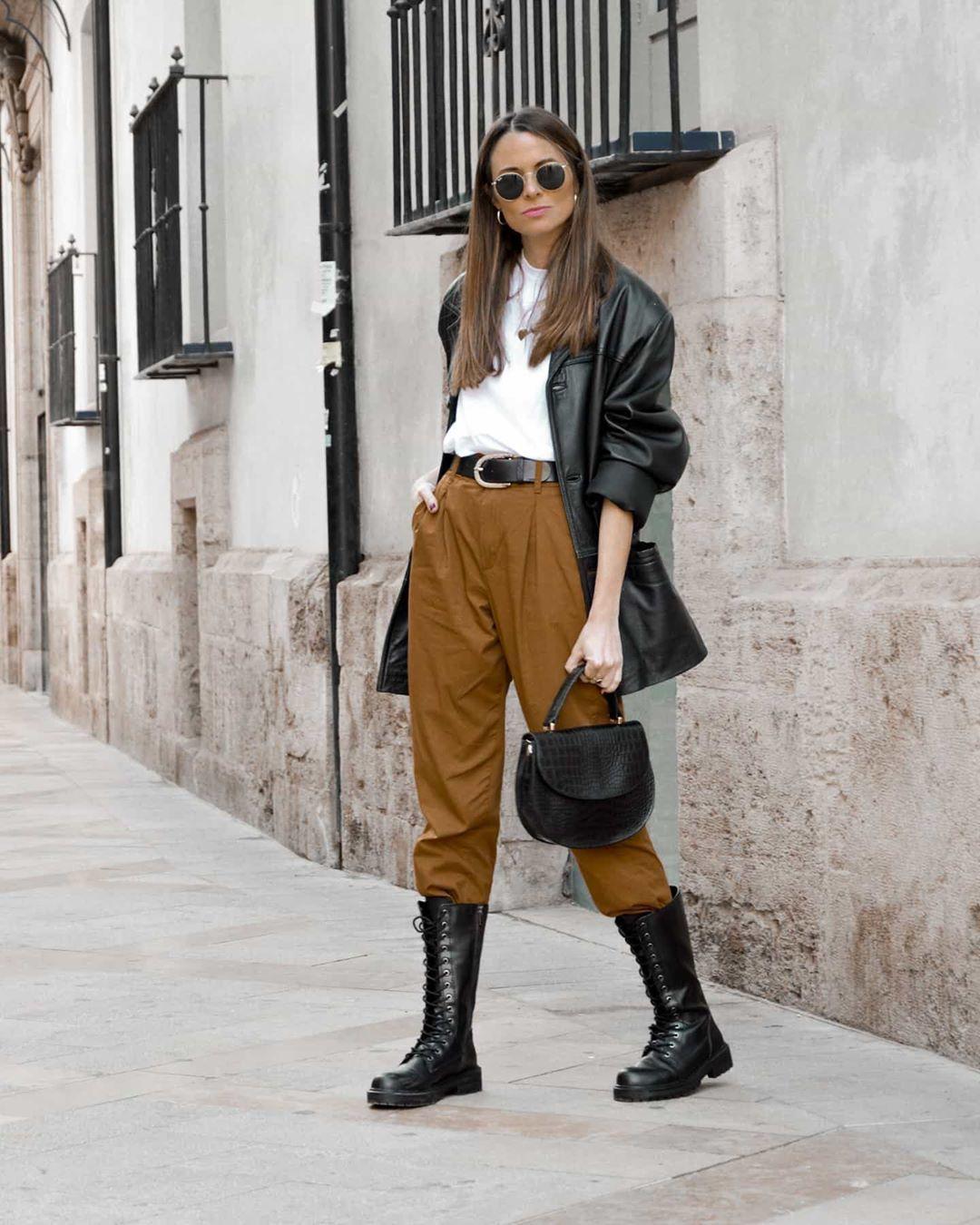 High waist Pants with Leather Jacket