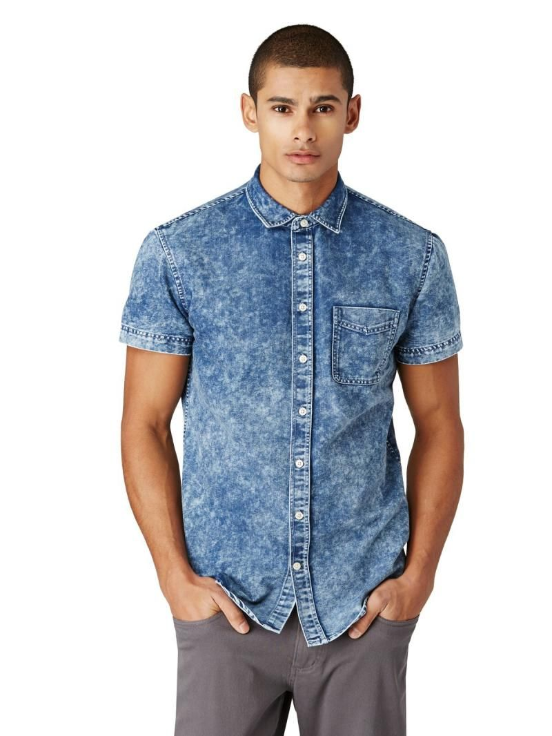 Acid-Wash Denim Short-Sleeve Shirt in Blue
