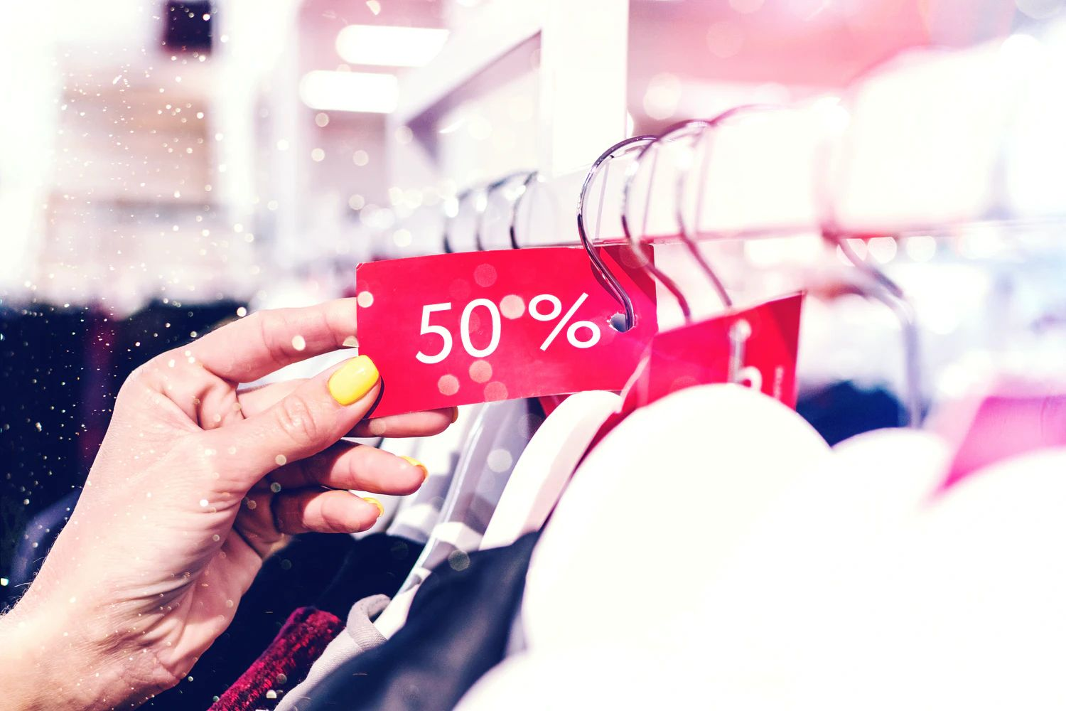 FOOTASYLUM - OUTLET UP TO 70% OFF