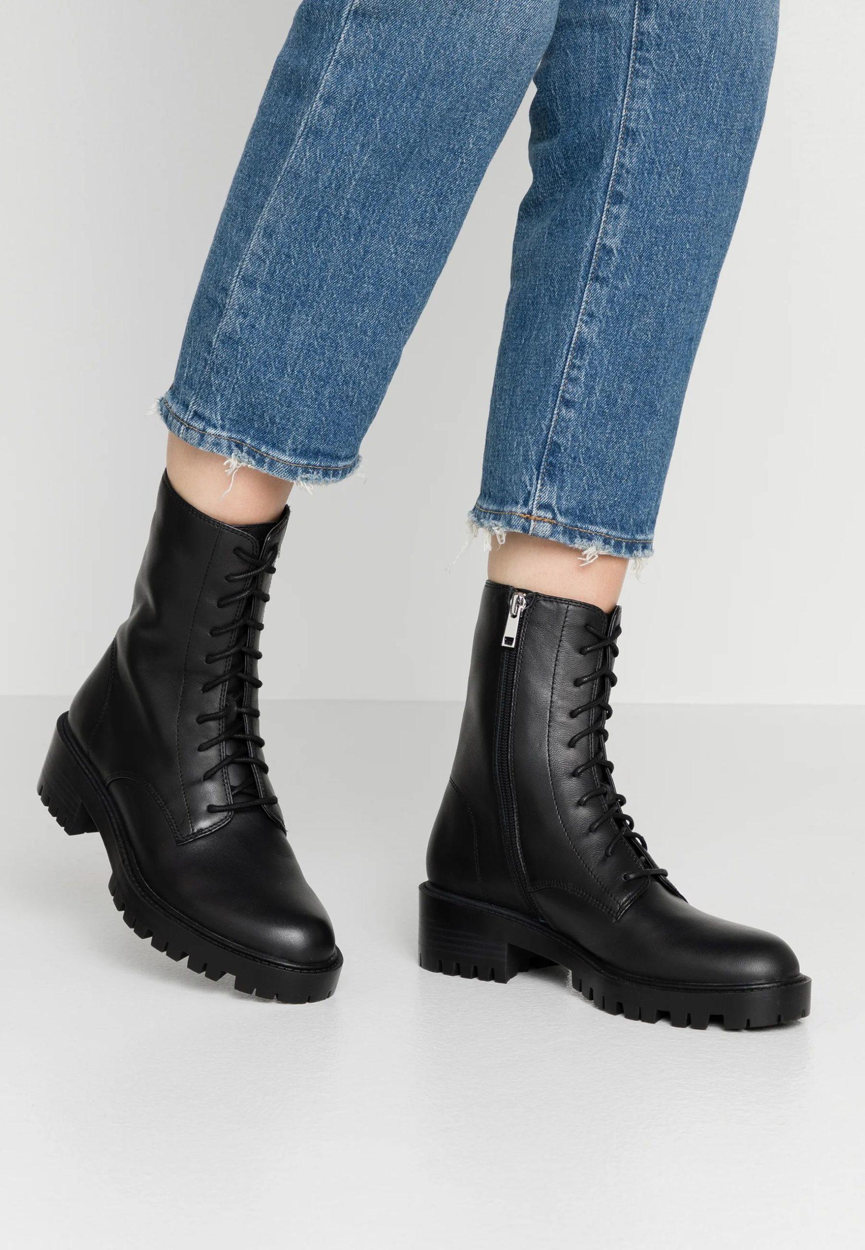 LEXI - Platform ankle boots