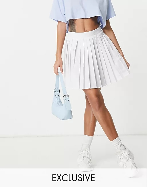 Missguided pleated tennis skirt in white