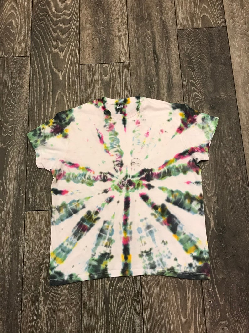 Tie-dye T-shirt kaleidoscope design