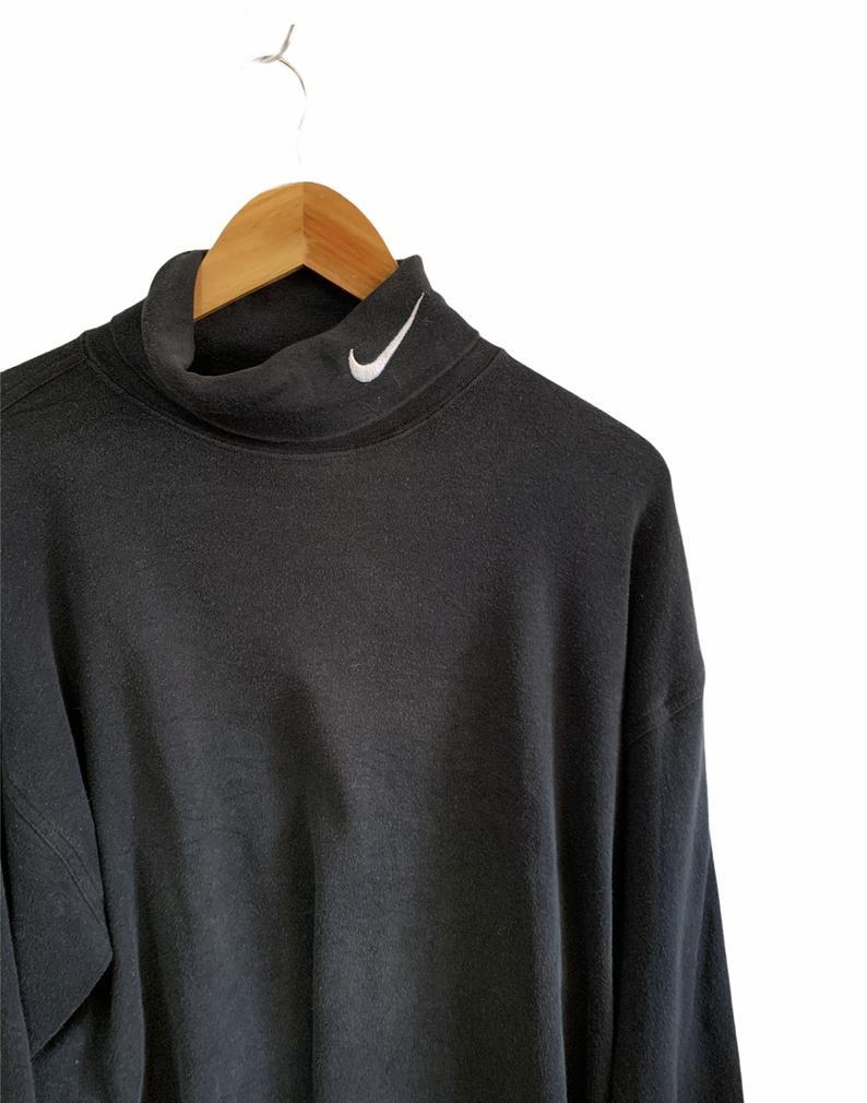 turtleneck sweatshirt embroidery logo vintage fashion style big logo swoosh jumper