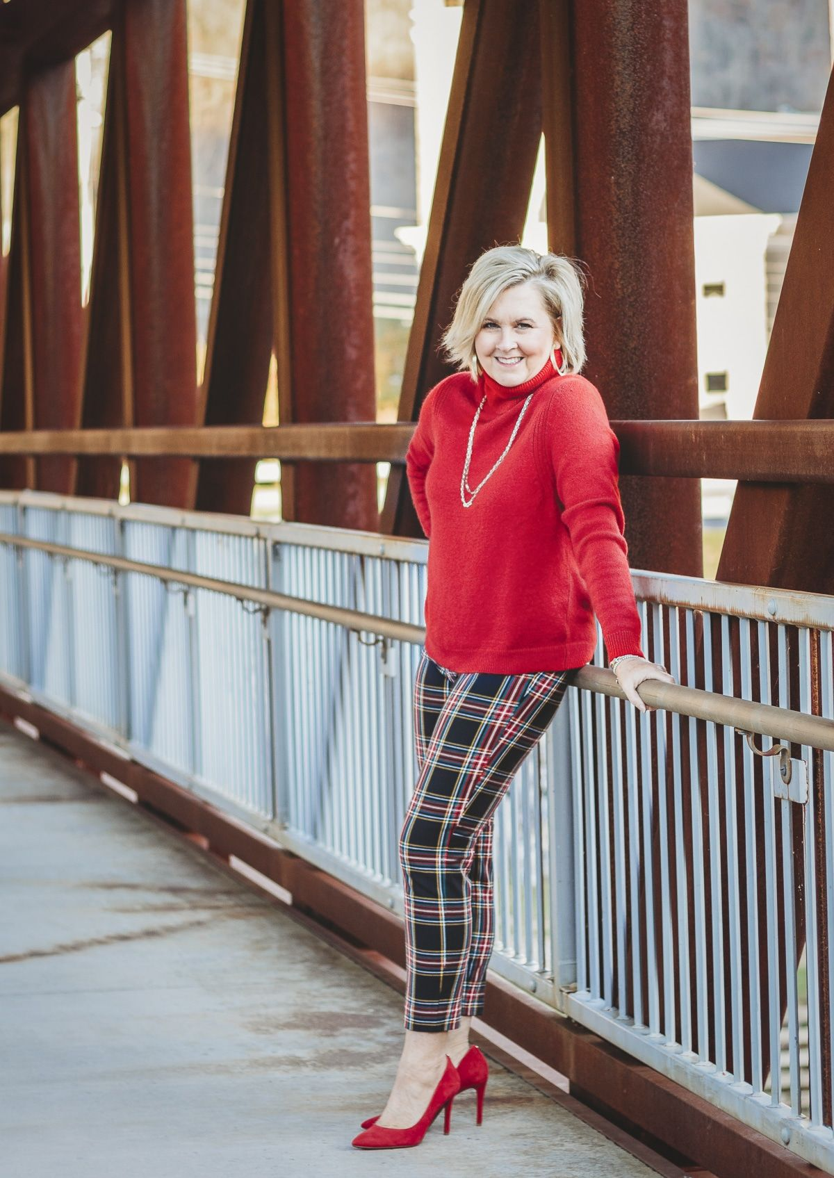 Women Patterned pants with turtleneck top
