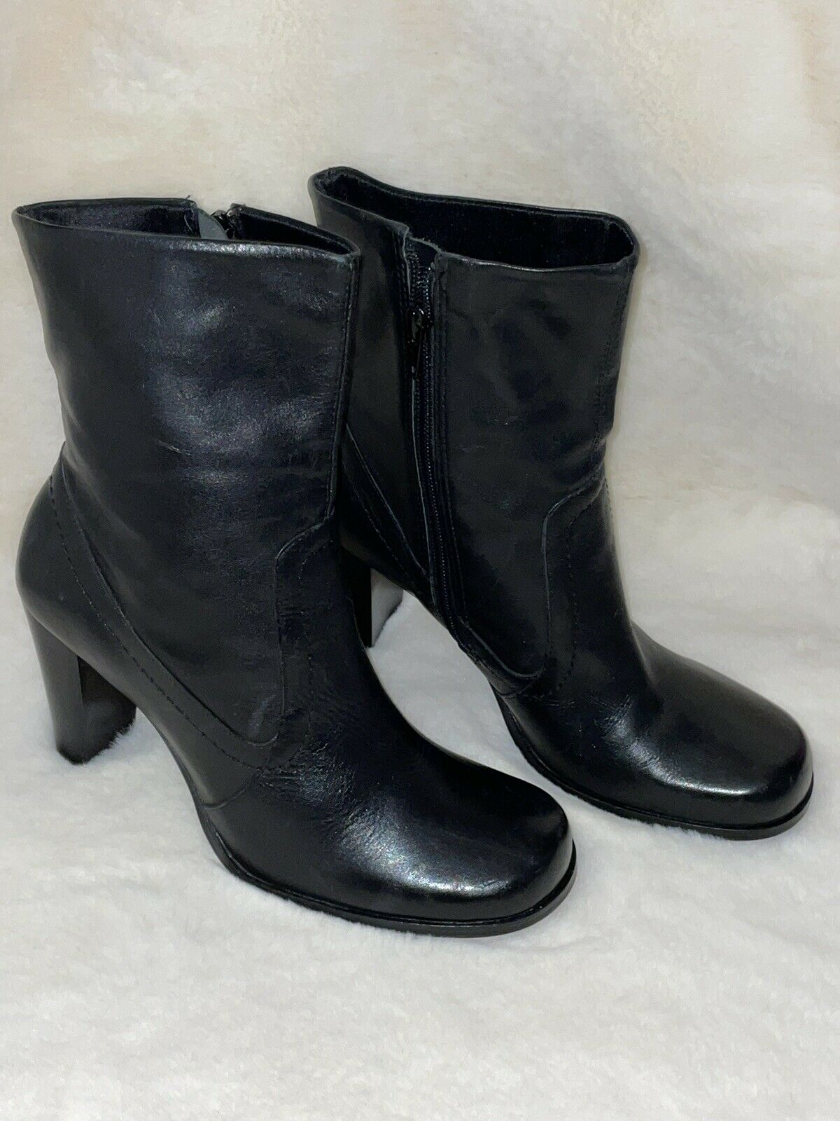 BRAND NEW WITH LABELS! Faith Size 6 Black Leather Block Heel Ankle Boots Zip