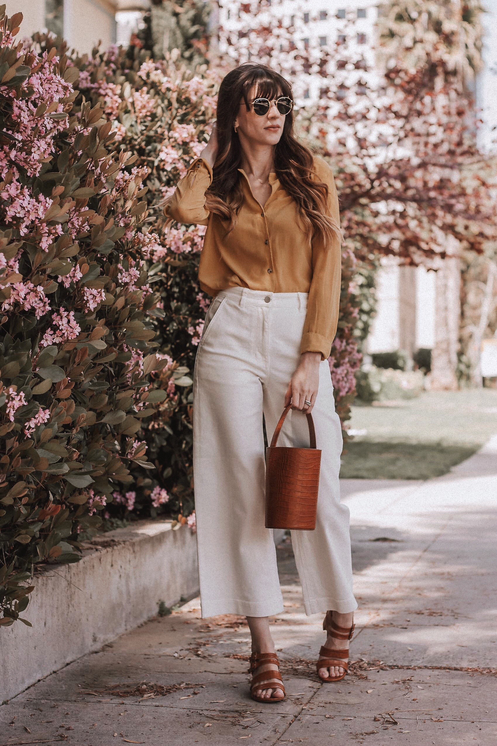 Cropped Trousers with pleated shirt