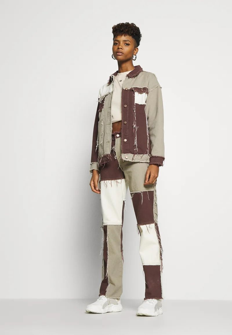 PATCHWORK SQUARE NECK JACKET WITH FRAYED SEAMS - Denim jacket