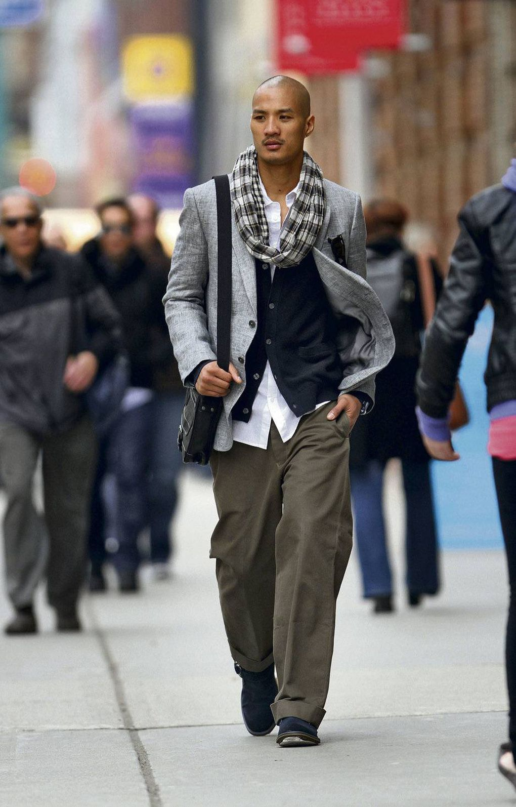 men's wide-leg pants with blazer